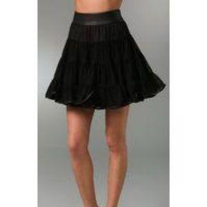 Elizabeth and James Holiday skirt M